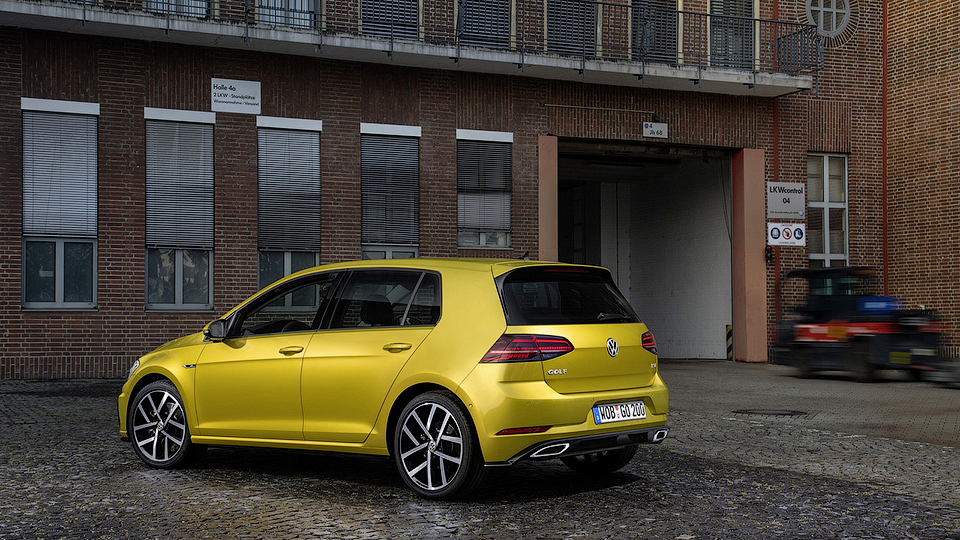 Оновлений Volkswagen Golf 2017